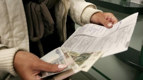Нет, приватизация квартиры с долгом за коммунальные услуги могли