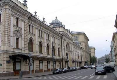 Москвичи оценят успехи города в борьбе с уродующими архитектуру вывесками