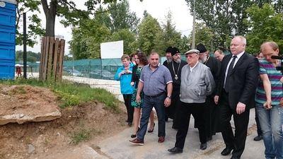 Владимир Ресин проинспектировал строительство храмов в Южном округе