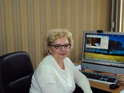 В школах учащиеся сдают ЕГЭ. Интервью директора ГБОУ СОШ №667