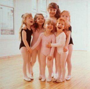 На бесплатное уроки танцев и английского можно записаться в Нагатино-Садовниках
