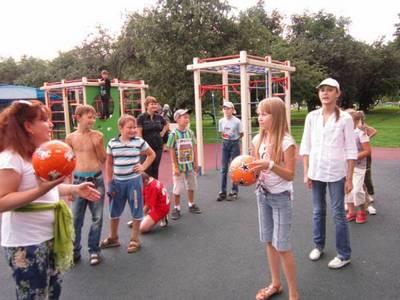 В парке «Садовники» прошли эстафеты и окружные соревнования
