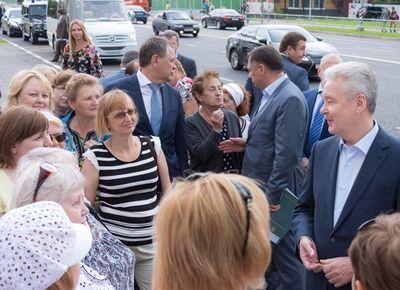 Собянин дал старт движению по новой дороге в поселке Коммунарка