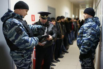 С начала года на юге Москвы выявлено боле 2,5 тысяч нарушений в сфере миграционного законодательства