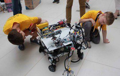 Четыре команды из Москвы поедут на финал Всемирной олимпиады роботов