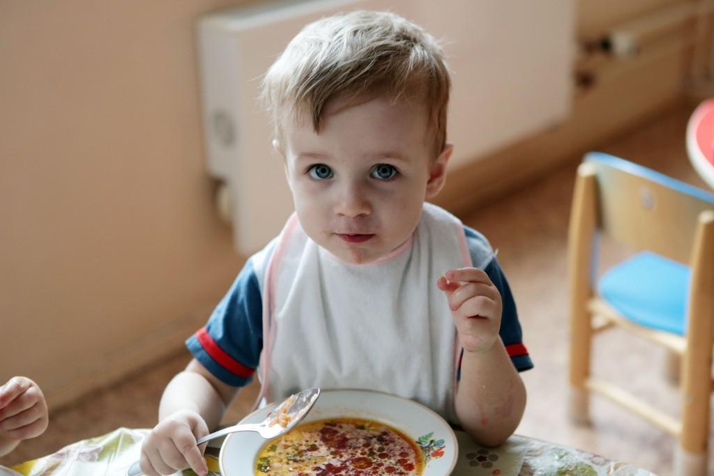 Большинство родителей приветствуют пятиразовое питание в столичных детсадах