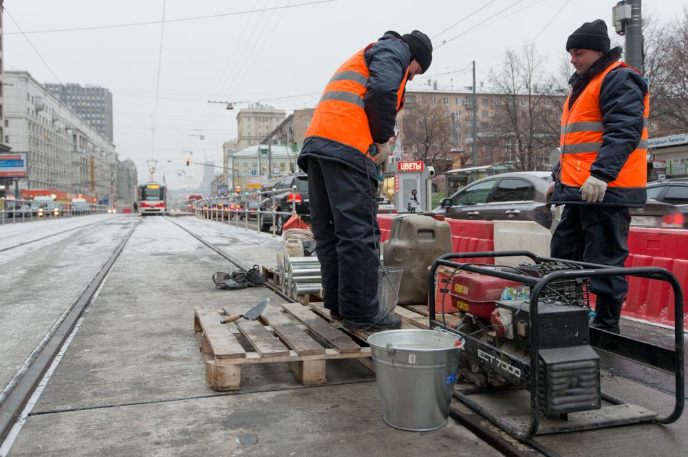 Реконструкцию трамвайных путей проведут на Варшавском шоссе