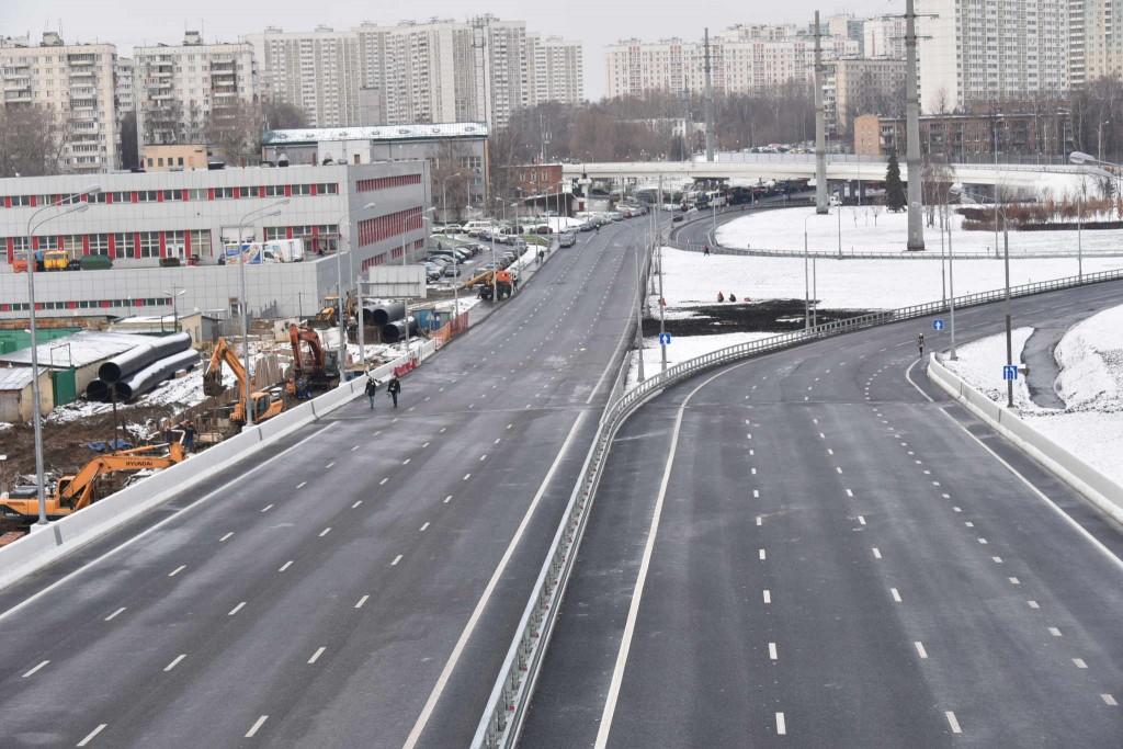 Стройкомплекс: Бетонирование опор эстакады на Липецкая завершится в ближайшее время