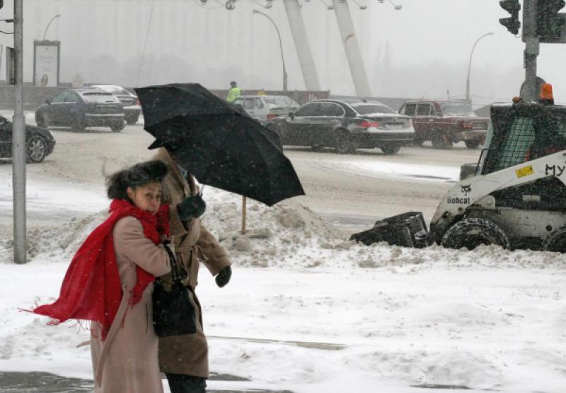 В начале рабочей недели пойдет снег с дождем