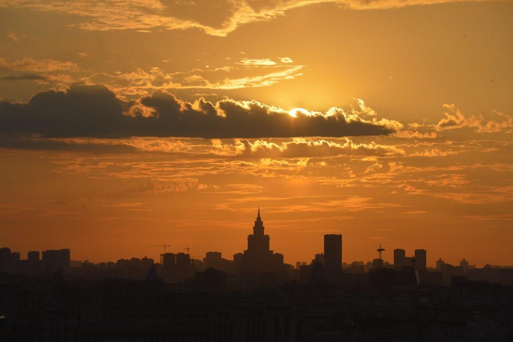 На выходных в Москве станет теплее