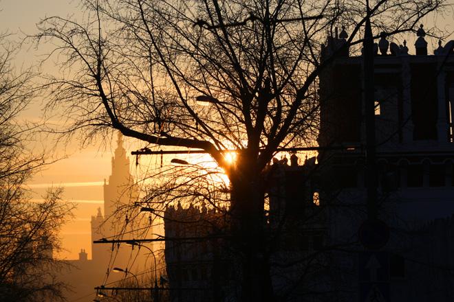 Погода на понедельник: солнце и «плюс» на термометрах