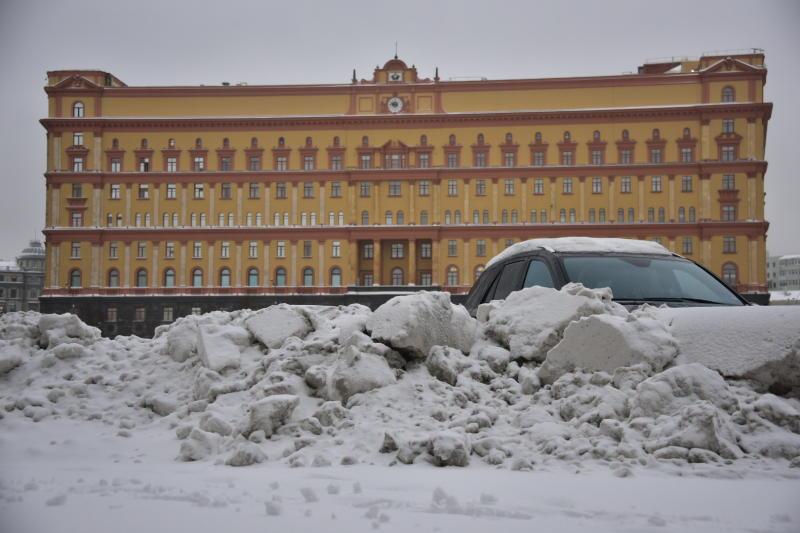 Последствия аномального снегопада в Москве ликвидируют в 3 раза быстрее нормативов