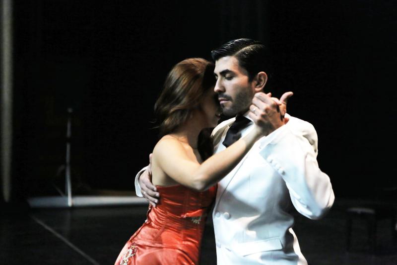 Танго на фоне Достоевского