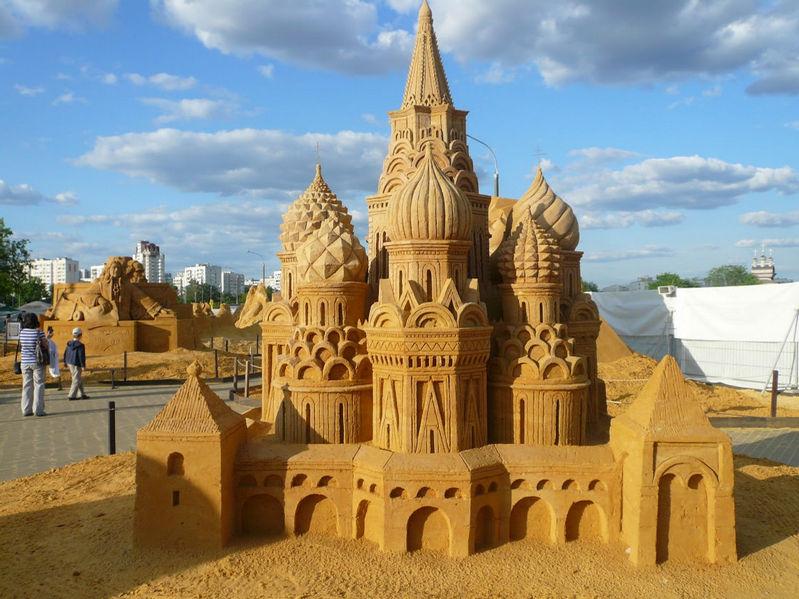 Процесс создания рекордной скульптуры из песка можно будет увидеть 30 апреля