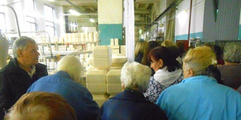 Пенсионеры Даниловского района посетили Фарфоровый завод