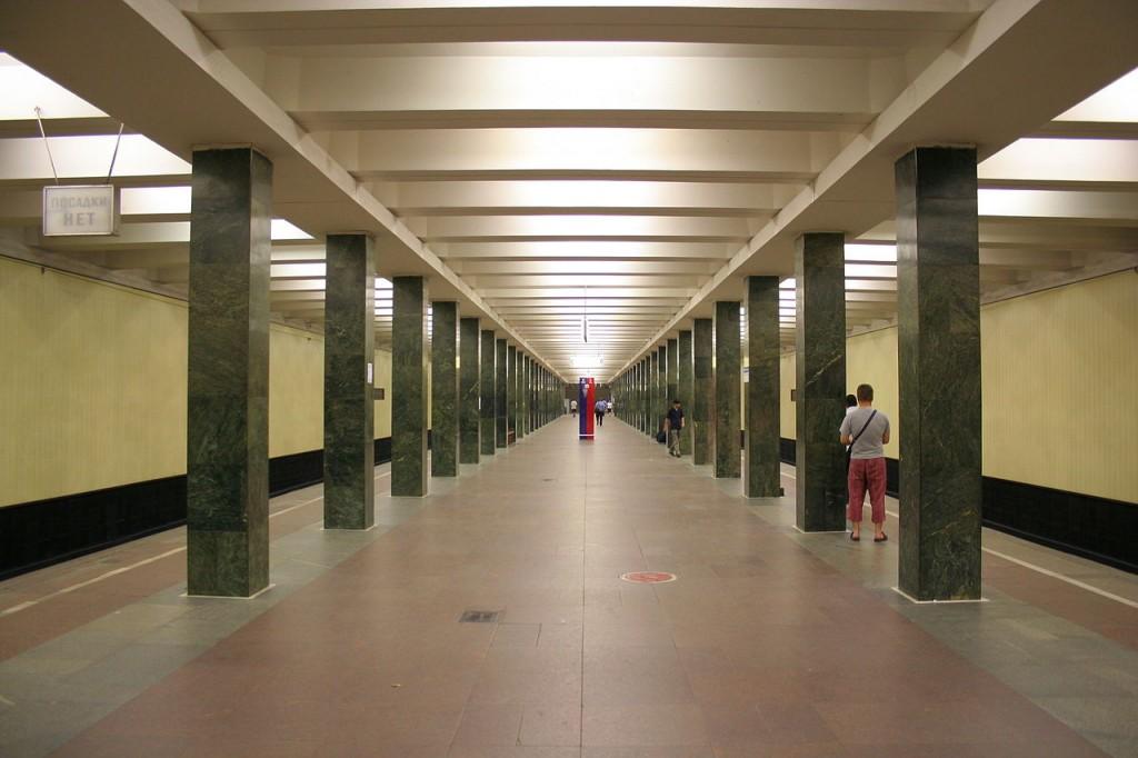 Секс в переходе в метро 12 фотография