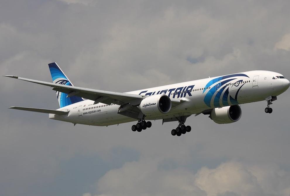 Египетский самолет пропал после захода в воздушное пространство Греции