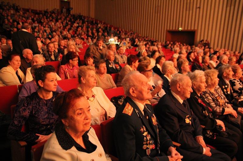 Ветераны юга Москвы отметили День Победы в творческом центре «Москворечье»
