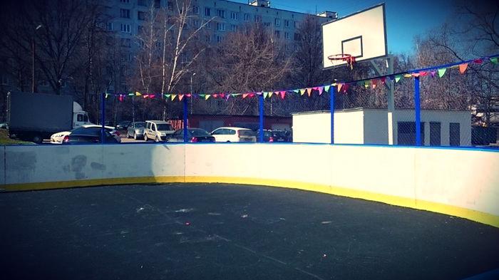 Спортивную площадку отремонтировали в Чертаново Северное