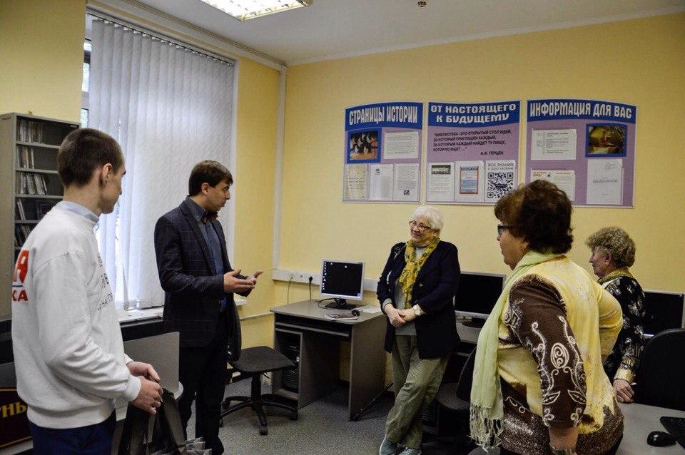 В Донском районе закончились компьютерные курсы для пожилых людей