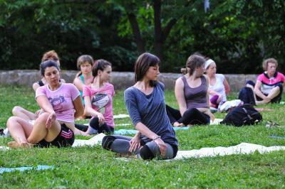 Бесплатные занятия по йоге пройдут в районе Братеево