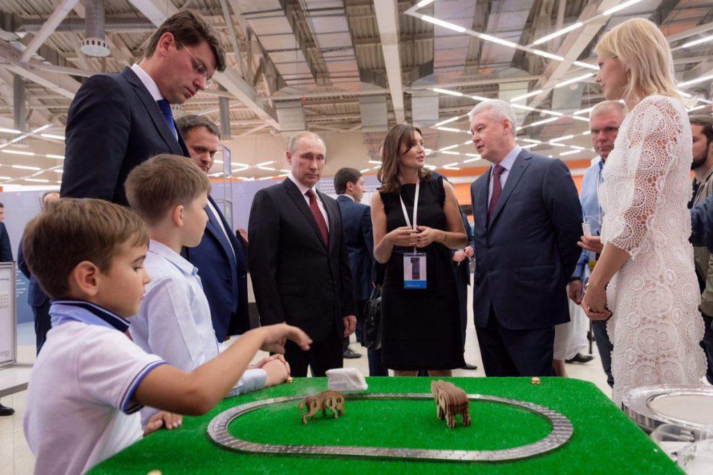 Путин: За 5 лет АСИ поддержало около 200 проектов