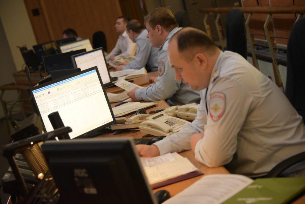 Полицейские выясняют детали ДТП с тремя пострадавшими на Боровском шоссе