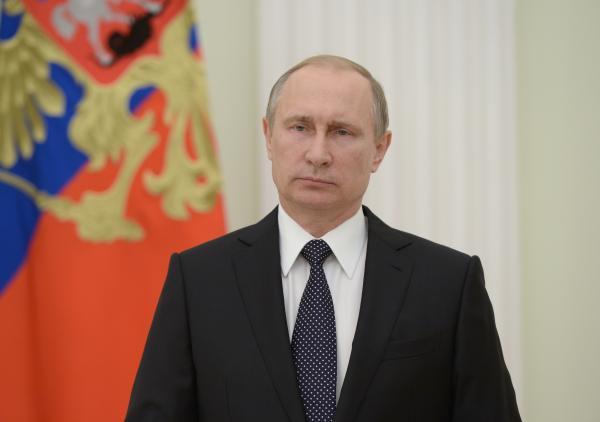 Владимир Путин заявил о вмешательстве «недальновидных политиканов» в мировой спорт