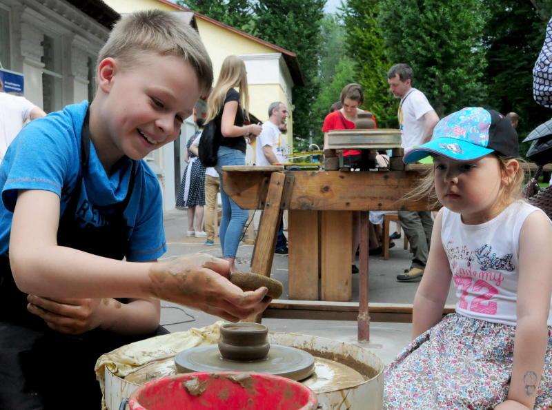 Творческие мастер-классы для детей проведут в Царицынском парке