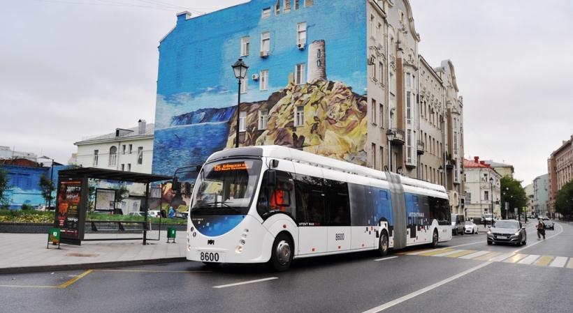 Первый электробус запустили в Москве