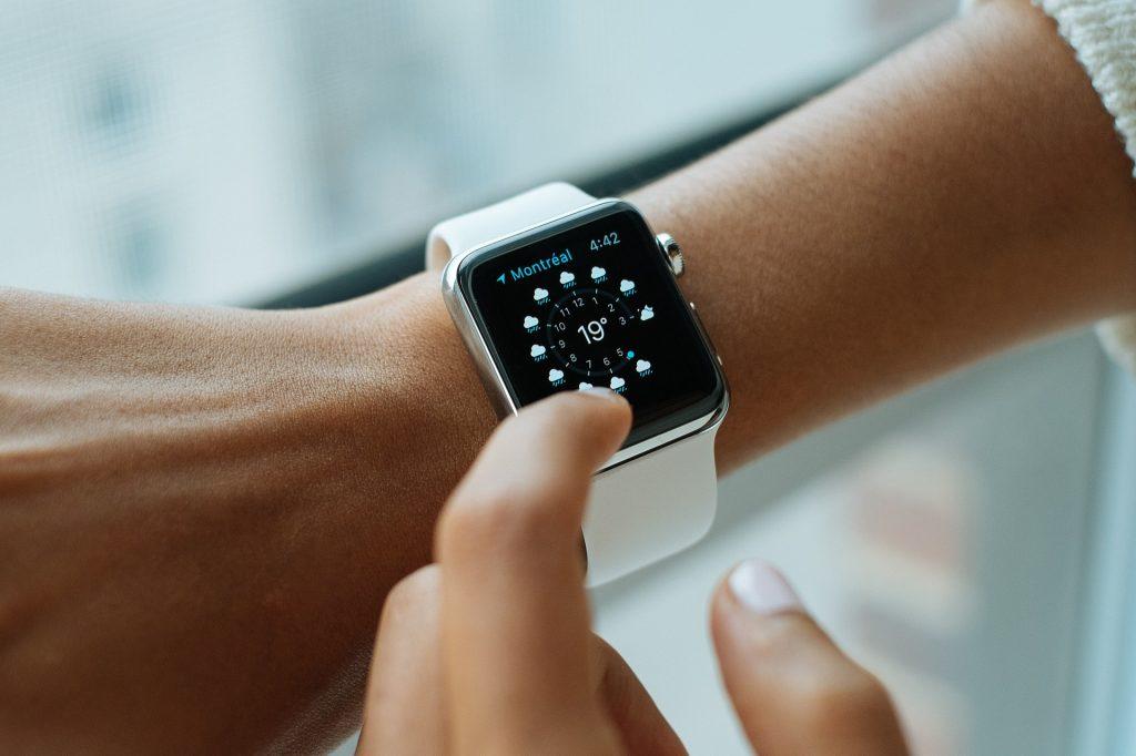 Зачем нужны смарт-часы