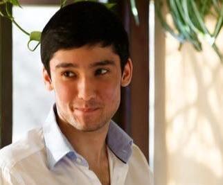 «Гонщик на Гелендвагене» Руслан Шамсуаров напал на журналистку в суде