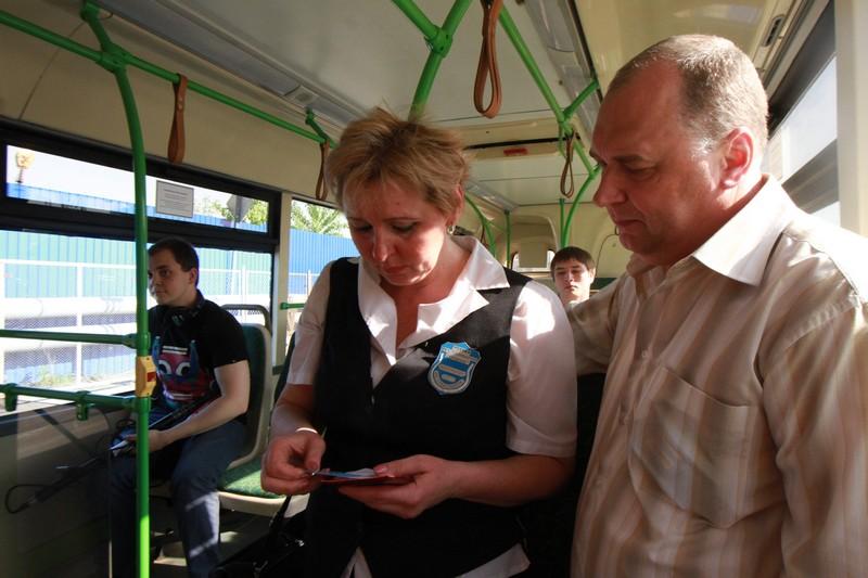 Замену маршрутных такси на автобусы поддерживают три четверти москвичей