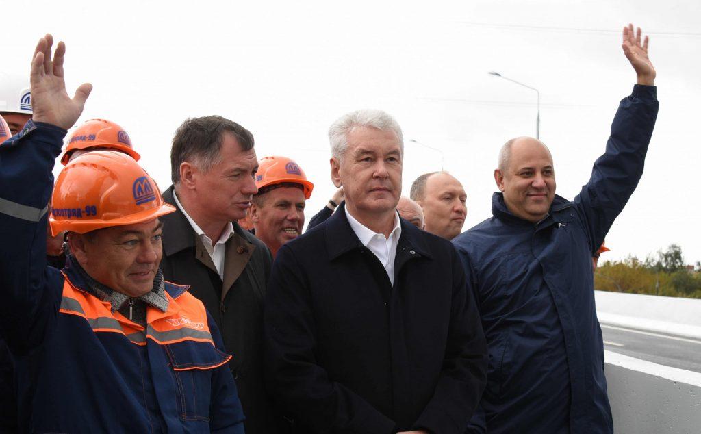 В Москве открыта новая эстакада на Рябиновой улице