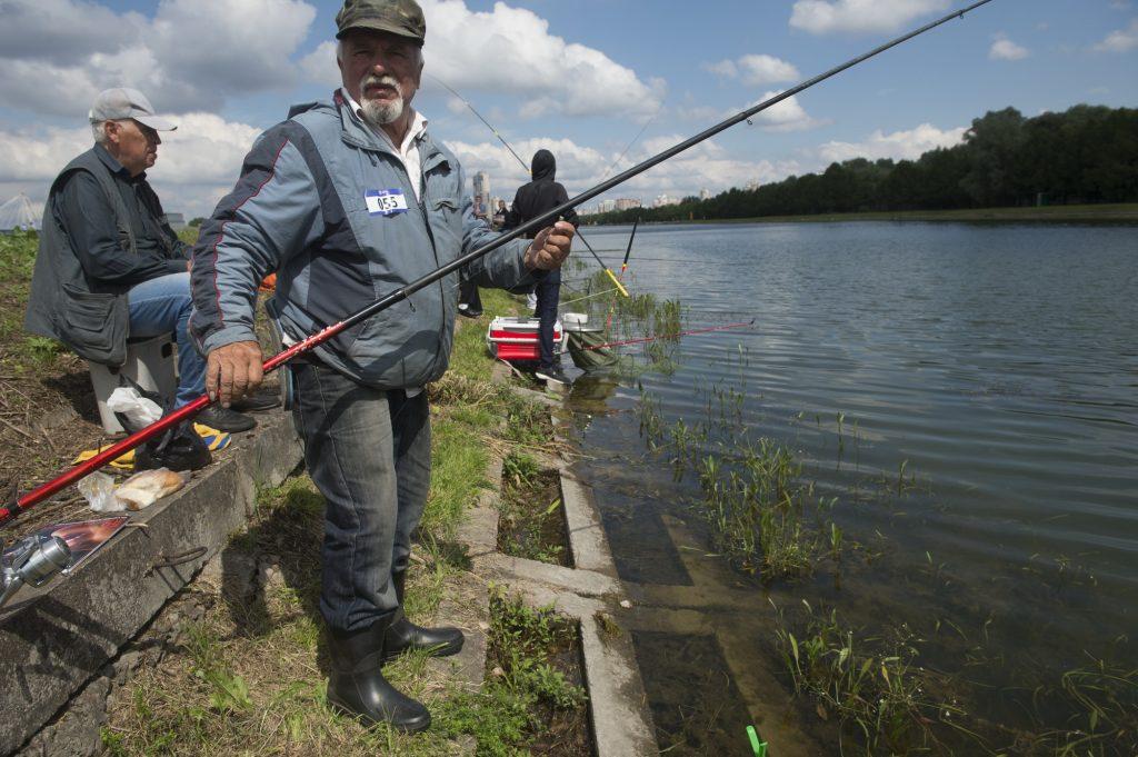 Мостики для рыбаков оборудуют на набережной Нагатинского затона