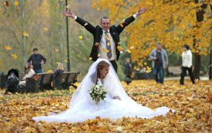 С начала года Царицынский ЗАГС зарегистрировал 4000 браков. Средний возраст женитьбы для мужчин 27–35, для женщин 25–30 лет