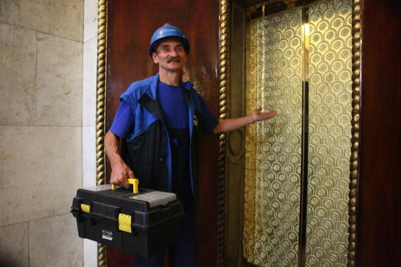 Пять тысяч новых лифтов установили в Москве по программе капремонта