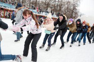 Катание на коньках Фото «Вечерняя Москва»