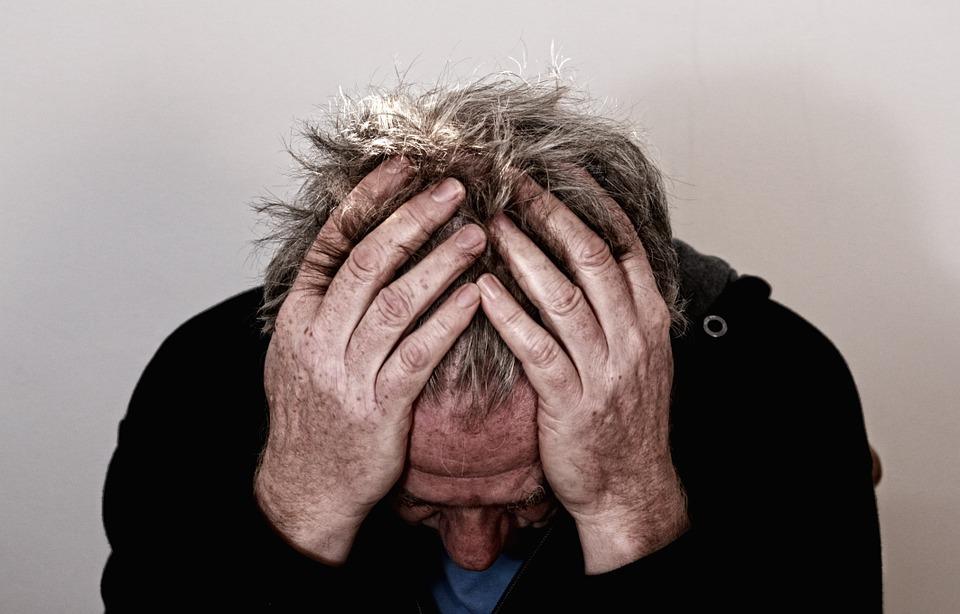 Болит голова — к неврологу