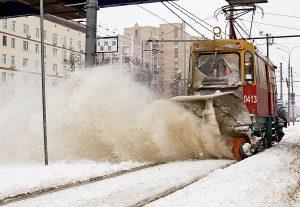 В Москве прошел Рекордный снегопад: выпало более 70% месячной нормы осадков. Шоссе Энтузиастов.
