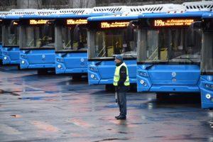 Столичный общественный транспорт будет работать дольше в Рождество. Фото архивное