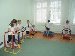 Авторскую программу фитнеса для детей разработали в дошкольном отделении №5 школы №880. Фото: пресс-служба дошкольного отделения №5 школы №880