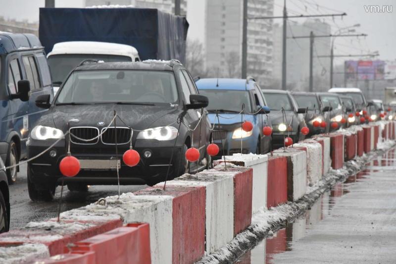 Движение на юге МКАД затруднено из-за нескольких аварий