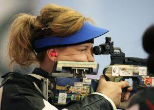 Марина Набокова взяла золото на Чемпионате России по стрельбе. Фото: Департамент спорта и туризма Москвы