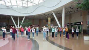 """В акции участвовали 22 воспитанницы хореографических студий. Фото: архив, """"Вечерняя Москва"""""""