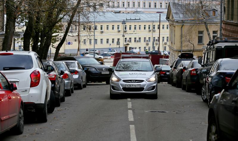 Рядом с Московским зоопарком утроят парковку для маломобильных граждан