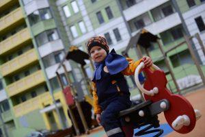 """Цель Молодых активистов - безопасные детские площадки. Фото: архив """"Вечерняя Москва"""""""
