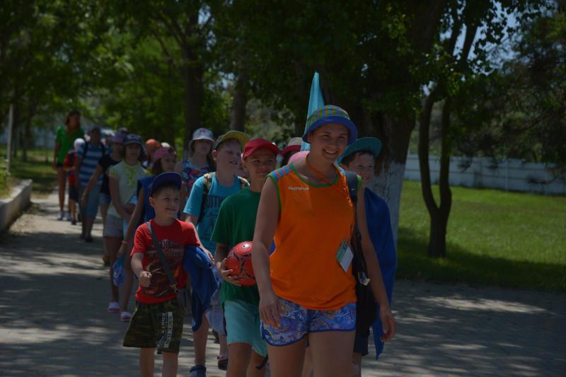Новые программы представили для летних лагерей