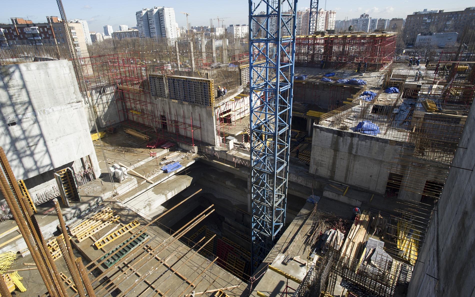 Строительство подземной части театра имени Чехова завершено