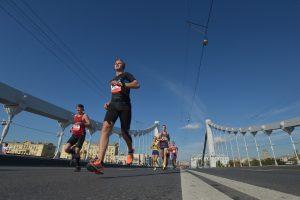 Работа ног приводит к волнам артериального давления. Фото: Александр Казаков
